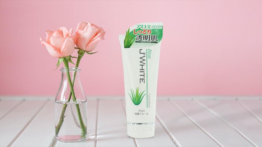 Sữa rửa mặt J'WHITE tinh chất Lô Hội Nhật Bản